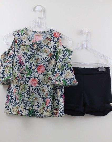 Conjunto 1+1 Bata Seda Flores com Shorts helanca